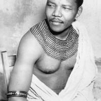 Nelson-Mandela-bw-200x200